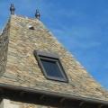 épi sur toit de lauze